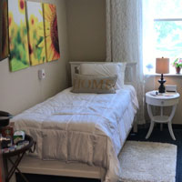 MN assisted living bedroom